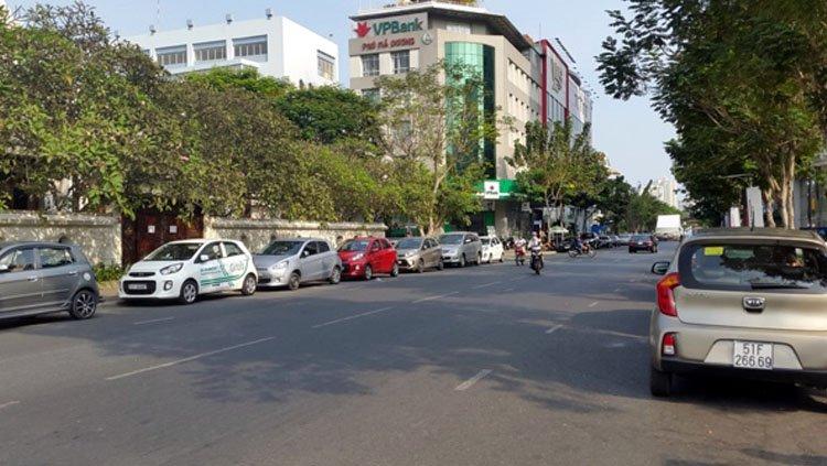 Kinh doanh ở Việt Nam thời internet: Chủ đi xe máy, 'lính' đi xe hơi